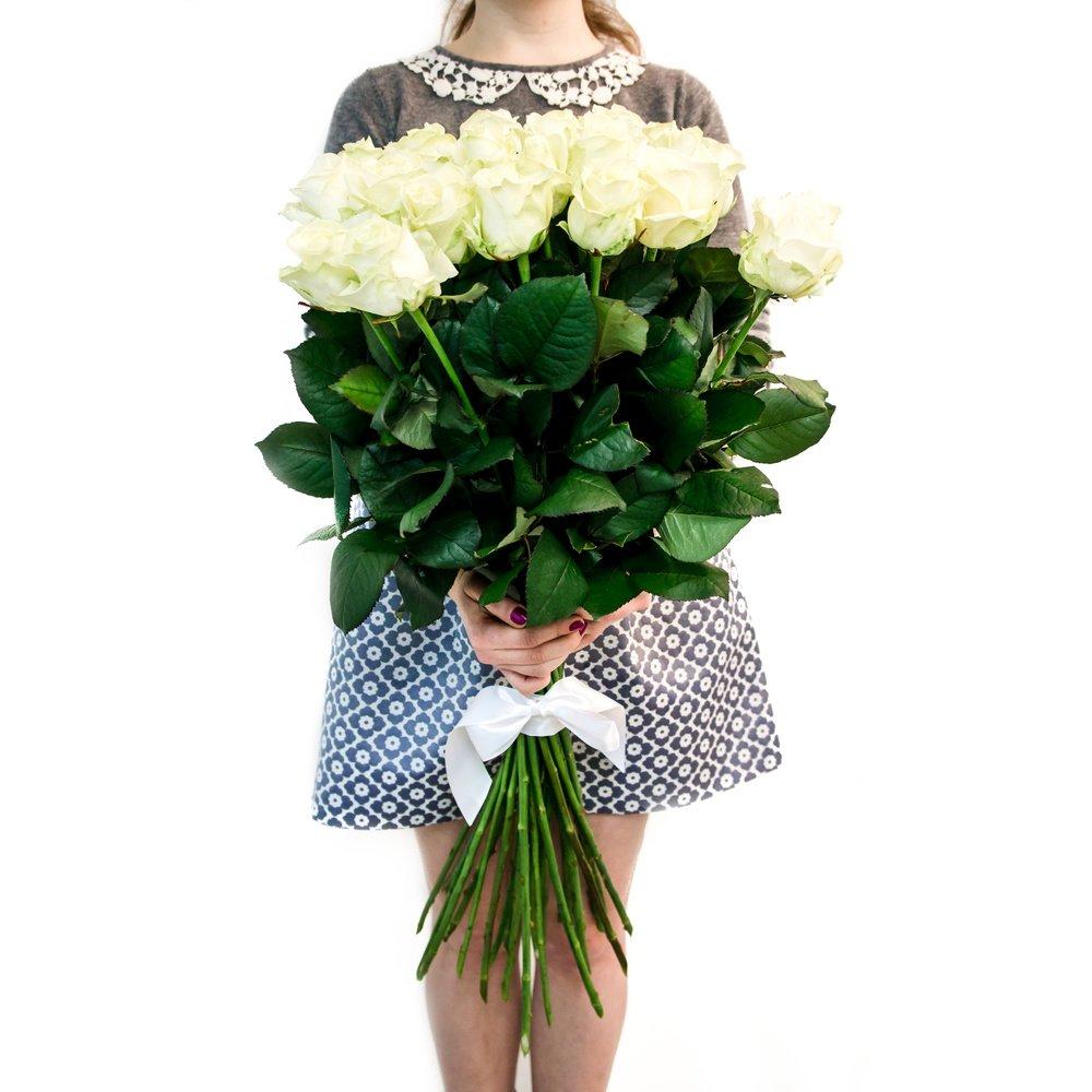 Белые розы (80 см)