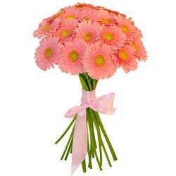 Розовые герберы так милы и красивы.