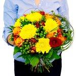Яркий жизнерадостный букет цветов в Санкт-Петербурге