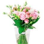 Букет из белых лизиантусов, кустовых светло-розовых роз, розовых роз микс, белых фрезий в Санкт-Петербурге