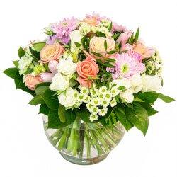 Тюльпаны, розы, хризантемы и кое-что ещё в интересной упаковке