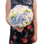 Букет для невесты в нежно-голубых тонах с гортензией в Санкт-Петербурге