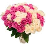 Букет 45 белых и розовых роз в Санкт-Петербурге
