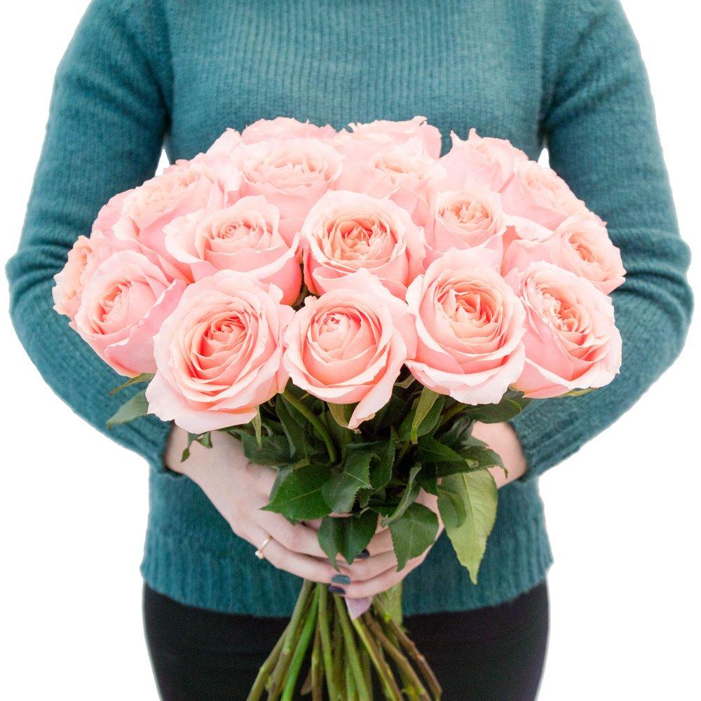 Роза розовая микс