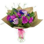 Букет из гвоздик лунных, гринбелла,роз фиолетовых, салала и статицы. Санкт-Петербург