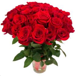 Букет из 31 красной розы в Санкт-Петербурге