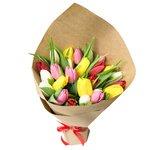 Букет из разноцветных тюльпанов в Санкт-Петербурге