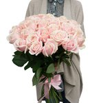 Заказывайте чудесные розы с доставкой по СПб