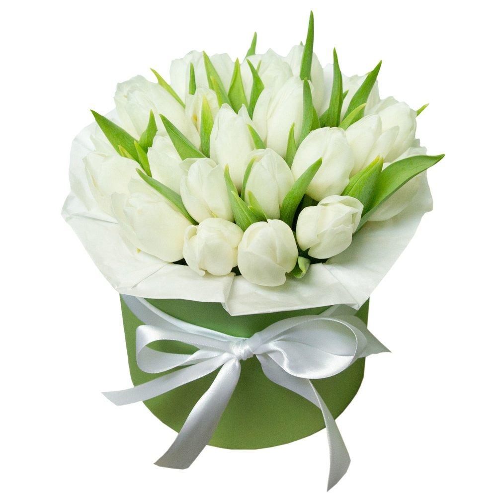 Кейт: белые тюльпаны в шляпной коробке