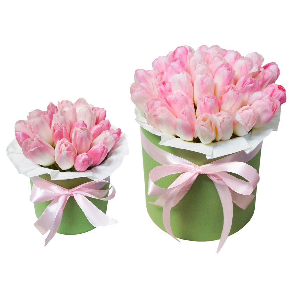 Шляпные коробки с розовыми тюльпанами в Санкт-Петербурге