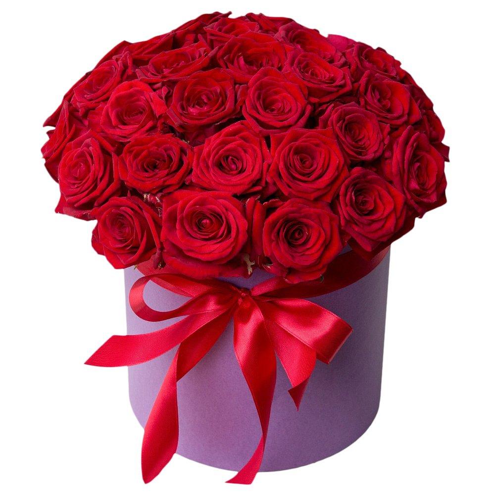Шляпная коробка с красными розами в Санкт-Петербурге