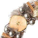 Рождественский венок с корицей, яблоками, пёрышками и шариками в Санкт-Петербурге