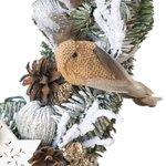 Новогодний венок с птицей, шариками, перьями, шишками и другим декором в Санкт-Петербурге