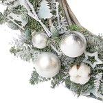 Большой рождественский венок с шариками, хлопком и декором в Санкт-Петербурге