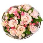 Букет с роза кустовая розовая, роза розовая микс, салал в Санкт-Петербурге