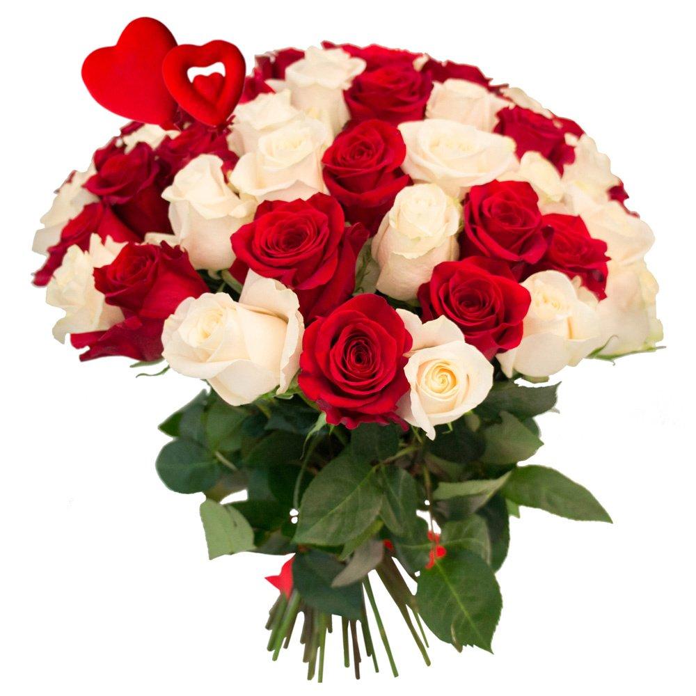 55 красных и белых роз с сердцами