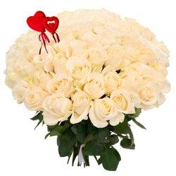 Букет из 101 белой розы на 14 февраля в Санкт-Петербурге