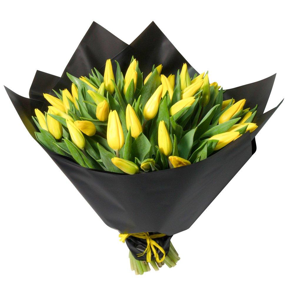 Букет из 51 жёлтого тюльпана в упаковке в Санкт-Петербурге