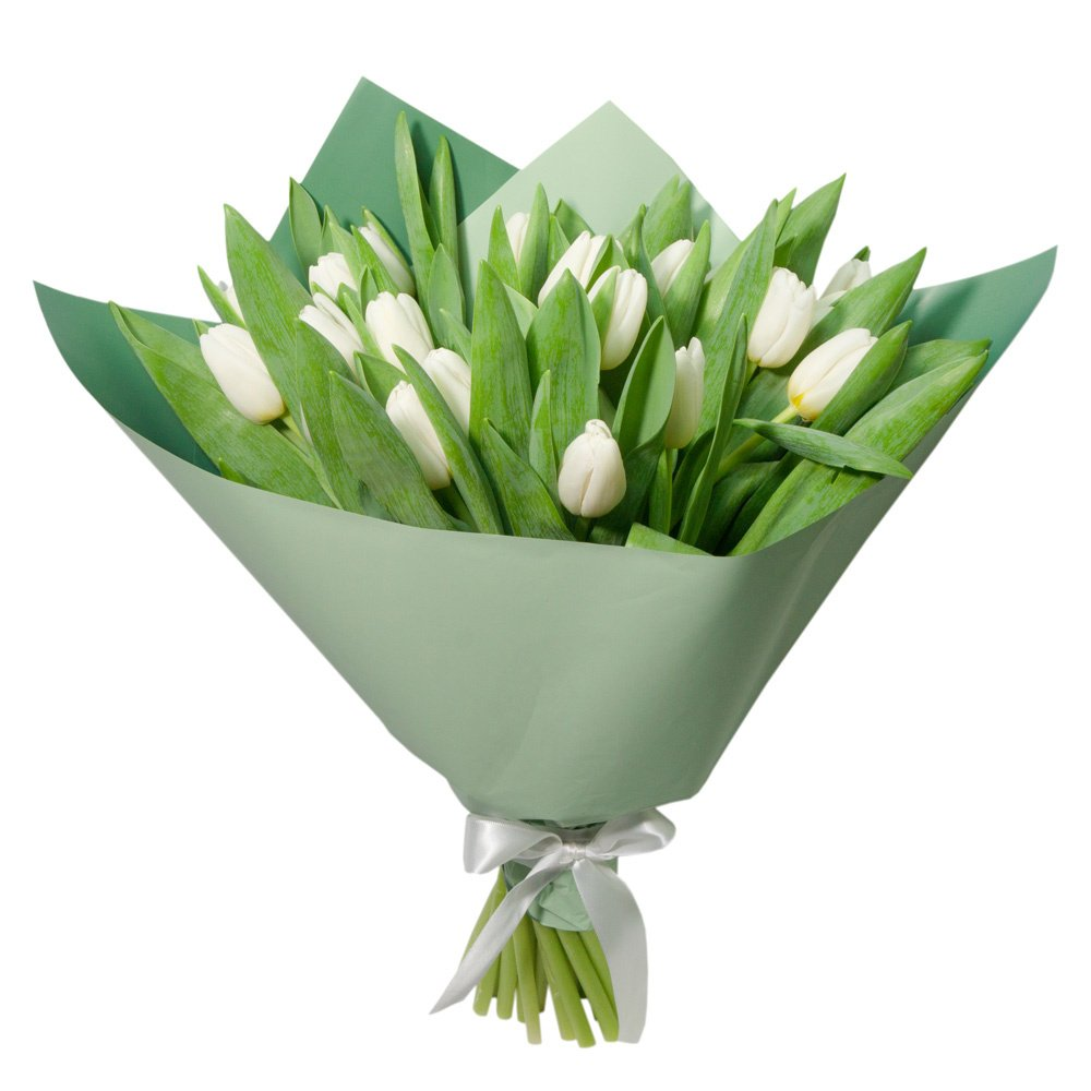 Букет из 25 белых тюльпанов в упаковке в Санкт-Петербурге