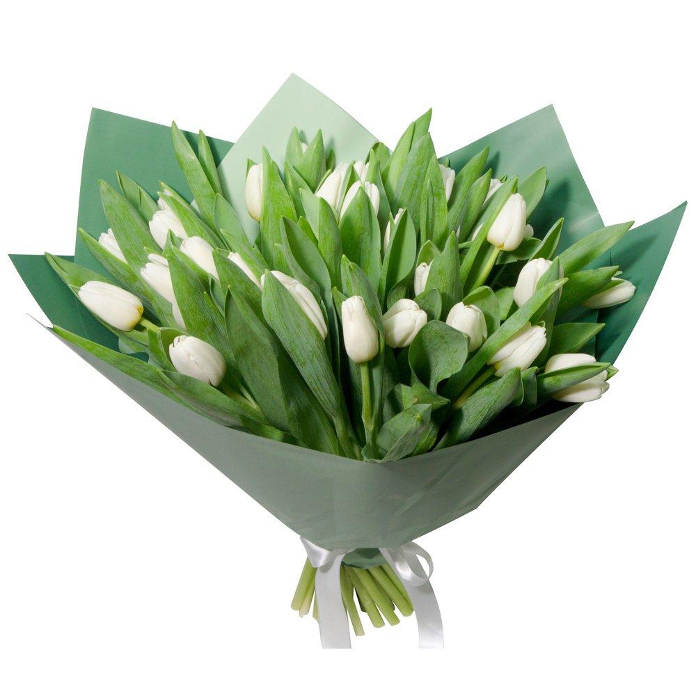 Букет из 31 белого тюльпана в упаковке в Санкт-Петербурге