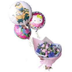 Детский букет из  из гиацинтов, пионовидных тюльпанов и кустовых розовых гвоздик с воздушными шариками в Санкт-Петербурге