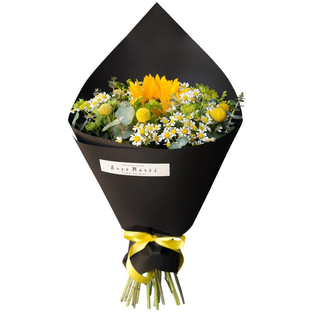 Кси: подсолнух и ромашки в чёрной крафтовой упаковке