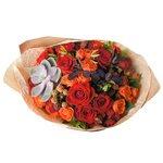 Осенний букет с суккулентом и ягодками рубуса в Санкт-Петербурге