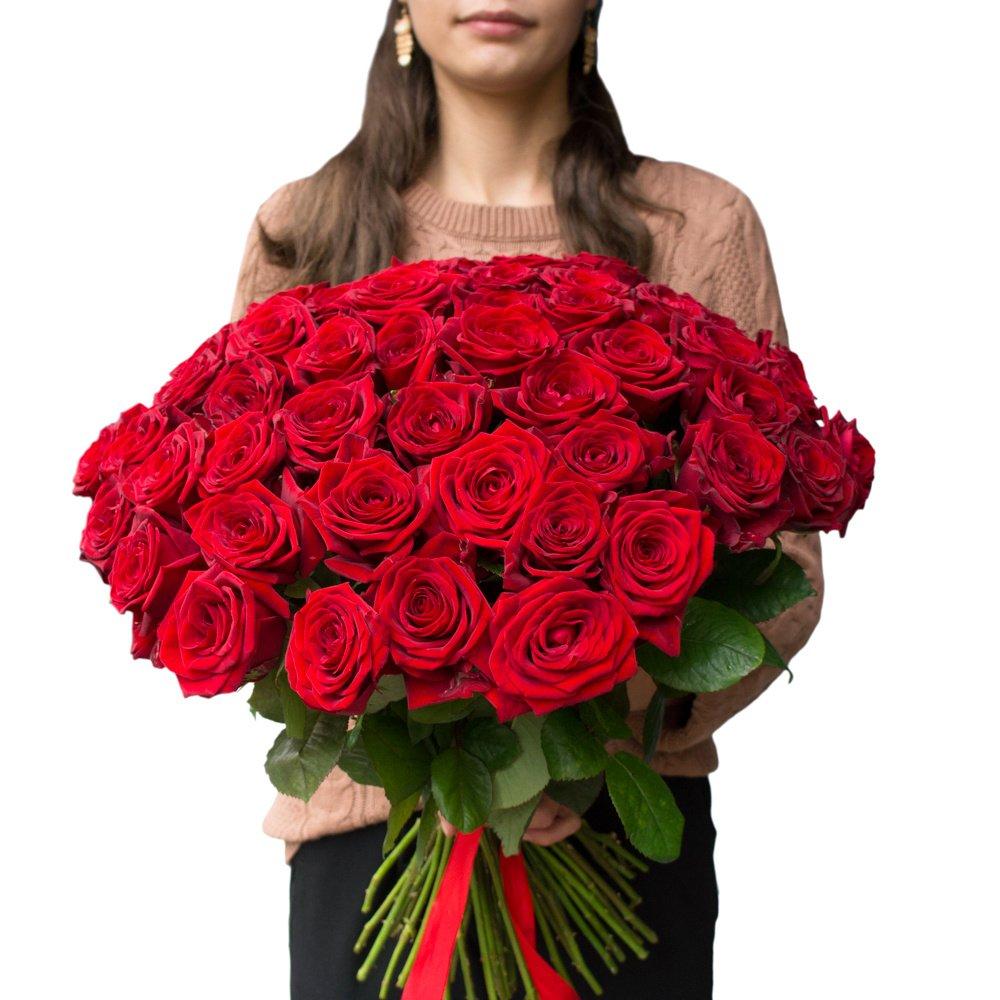 Букет из 55 алых роз в Санкт-Петербурге