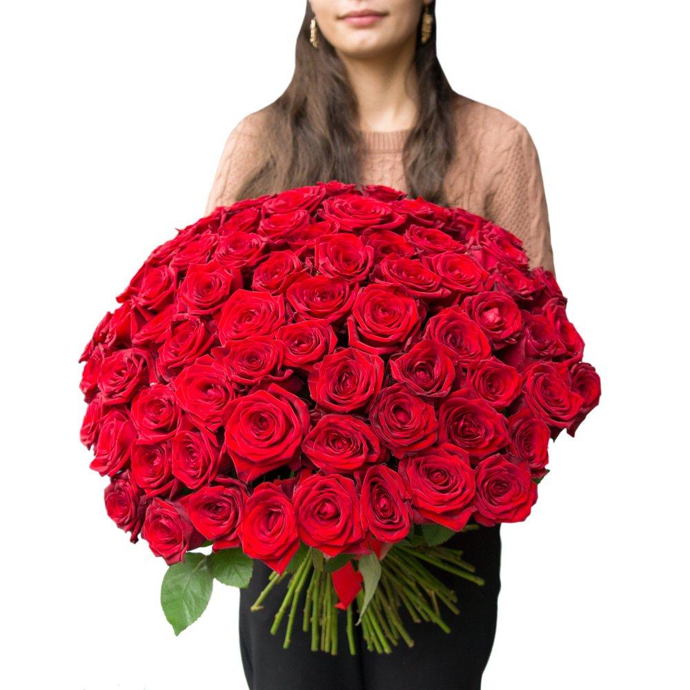 Букет из 75 алых роз в Санкт-Петербурге