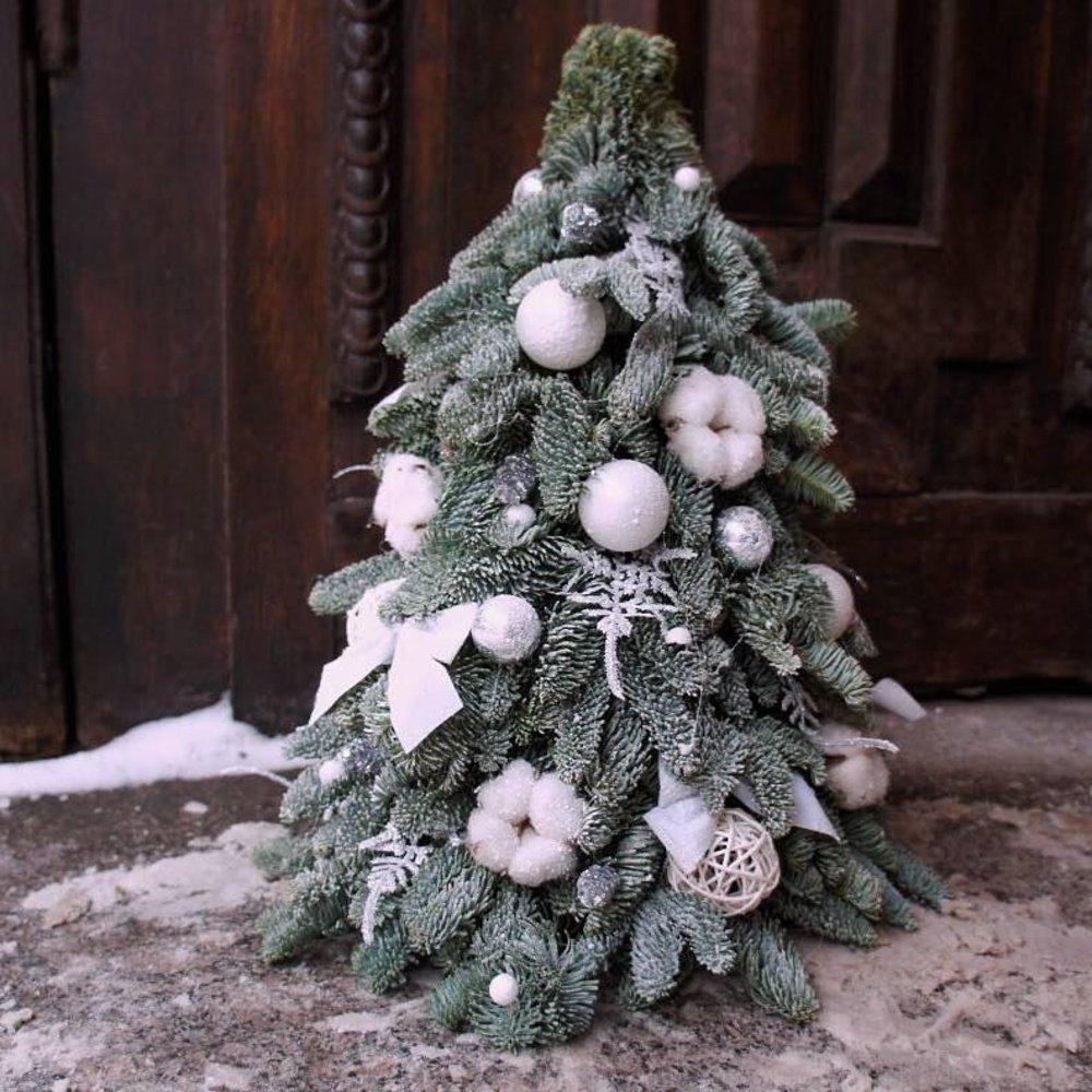 Купить новогоднюю ёлочку с шариками и хлопком
