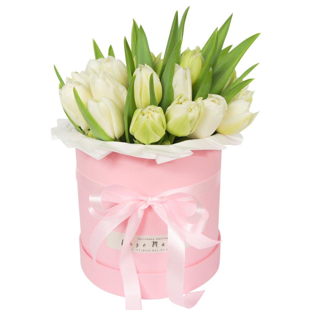 Меган: белые тюльпаны в розовой шляпной коробке