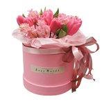 Тюльпаны и гиацинты в шляпных коробках в Санкт-Петербурге