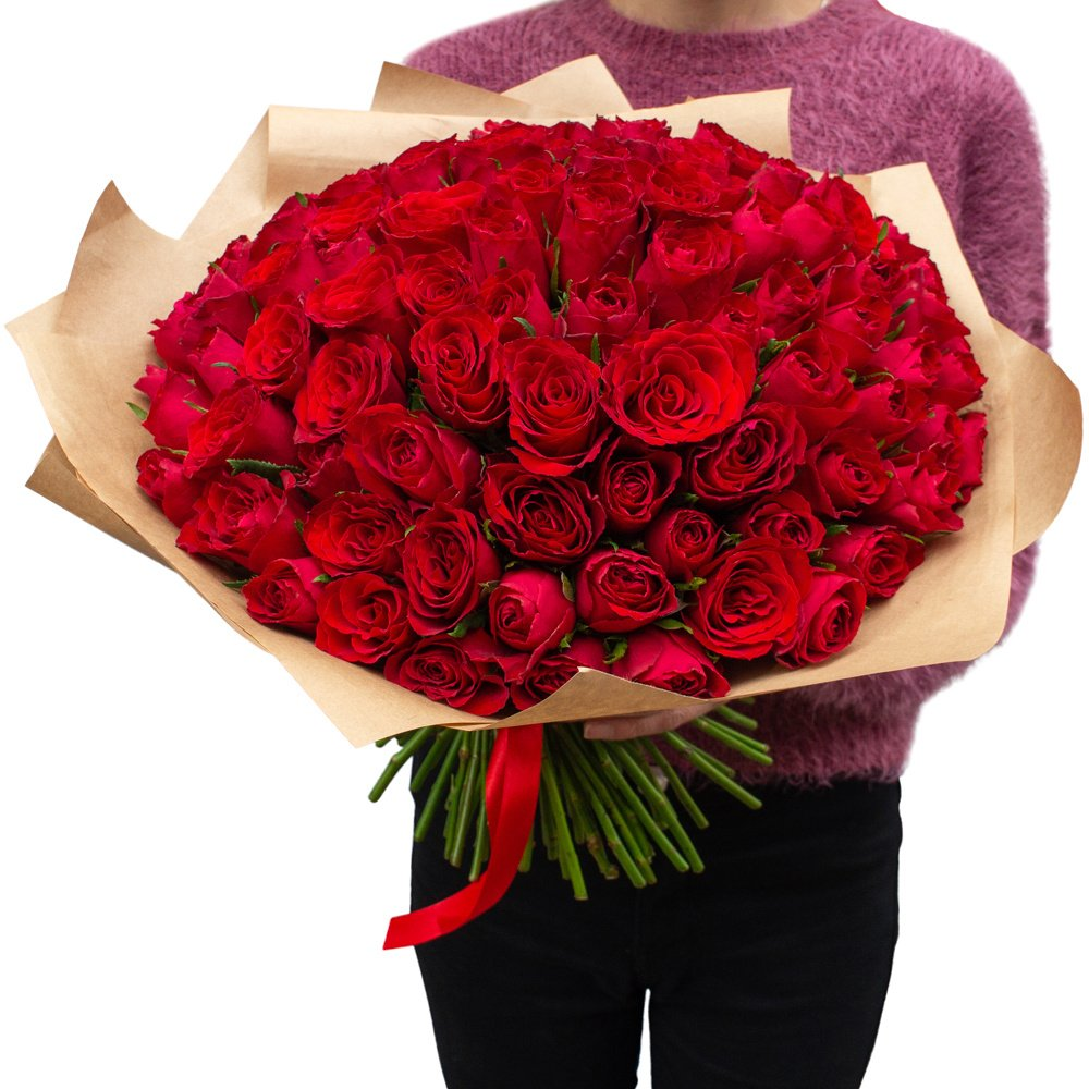 Роза Кения красная 101 штука в крафте