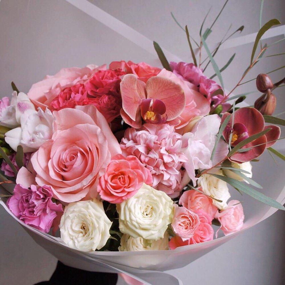 Форма, цветы в доставкой в питере