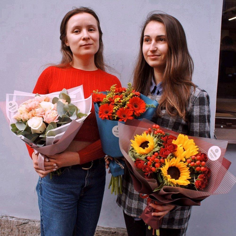 Букеты к 1 сентября с доставкой в Санкт-Петербурге