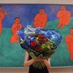 Букет по мотивам картины Анри Матисса «Музыка» в стильной упаковке в Санкт-Петербурге