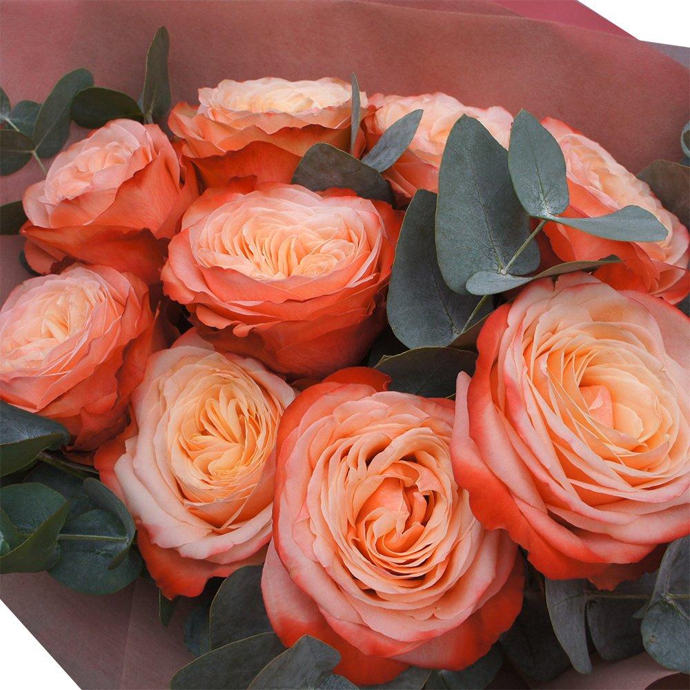 Танец: 9 роз Кахала и ароматный эвкалипт
