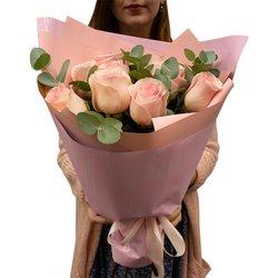 Букет 9 розовых роз в Санкт-Петербурге