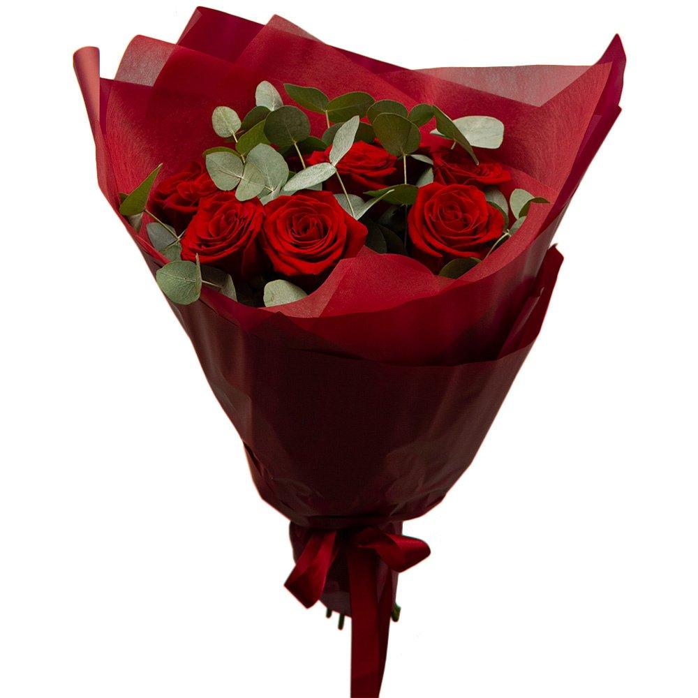 Эсмеральда: 9 красных роз с ароматным эвкалиптом