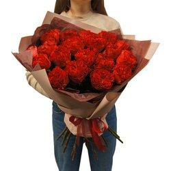 Букет 19 роз Рэд Ай в Санкт-Петербурге