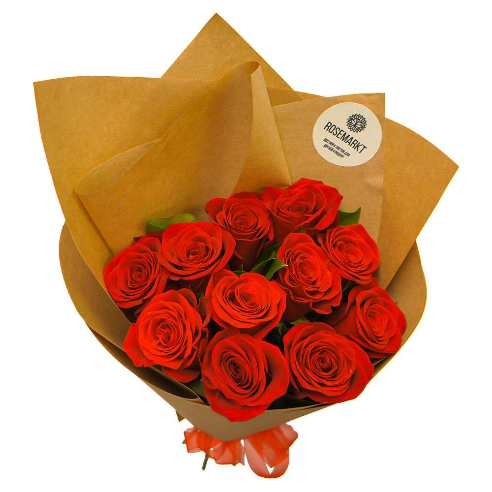 Акция: 11 красных роз с зеленью в упаковке