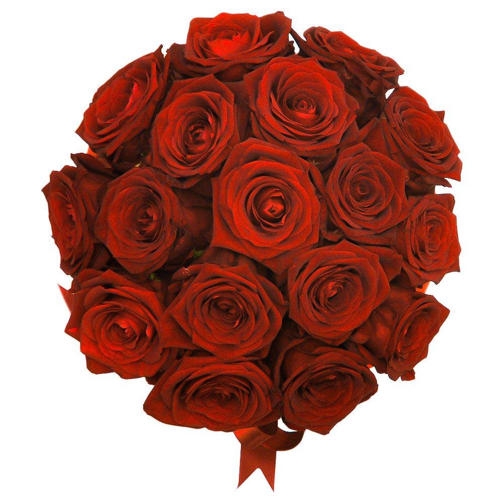 Сандра: 17 красных роз в шляпной коробке