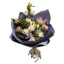 Букет цветов в кафе с доставкой в Санкт-Петербурге
